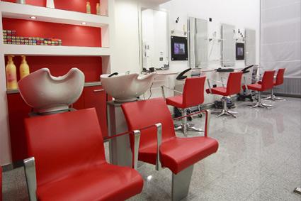 frizerski studio moderno uređenje interijera za uređivanje kose i šišanje